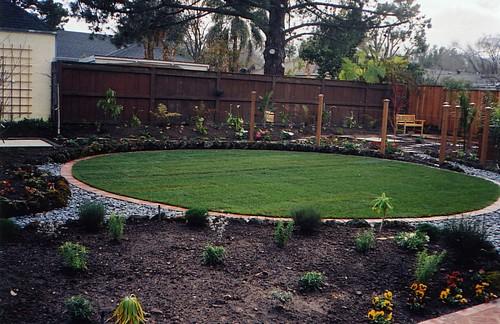 jse_circularjpg circular lawn - Garden Design Circular Lawns